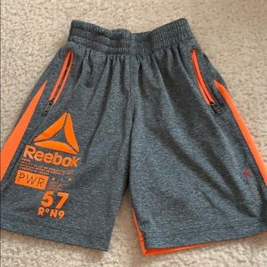 Boys Reebok athletic shorts with pockets, size 4